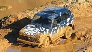 Lada Niva gegen den Suzuki Jimny: Offroad-Knirpse im Härtetest