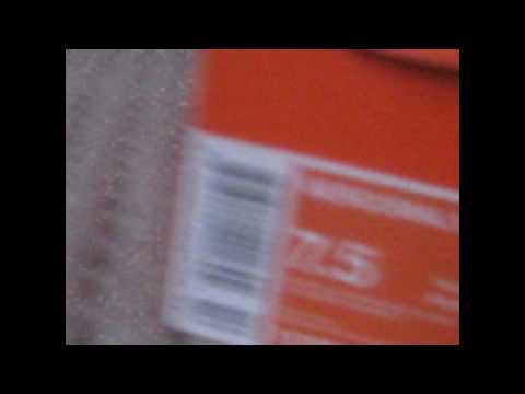 me-unboxing-my-new-nike-mercurial-veloci-fg-white/blue-spark-metallic-silver