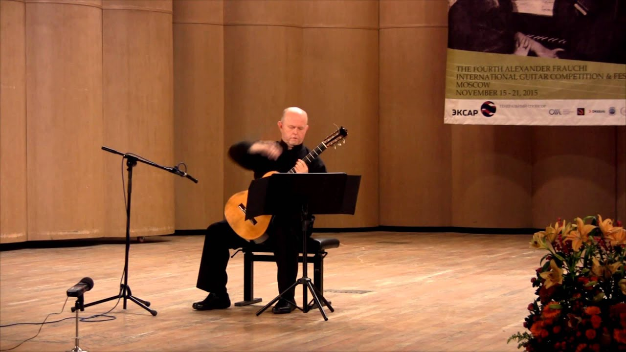 Pavel Steidl plays Minuets by Abril Tirado