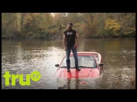 Lizard Lick Towing - Man Drives Car Into Lake To Avoid Repo