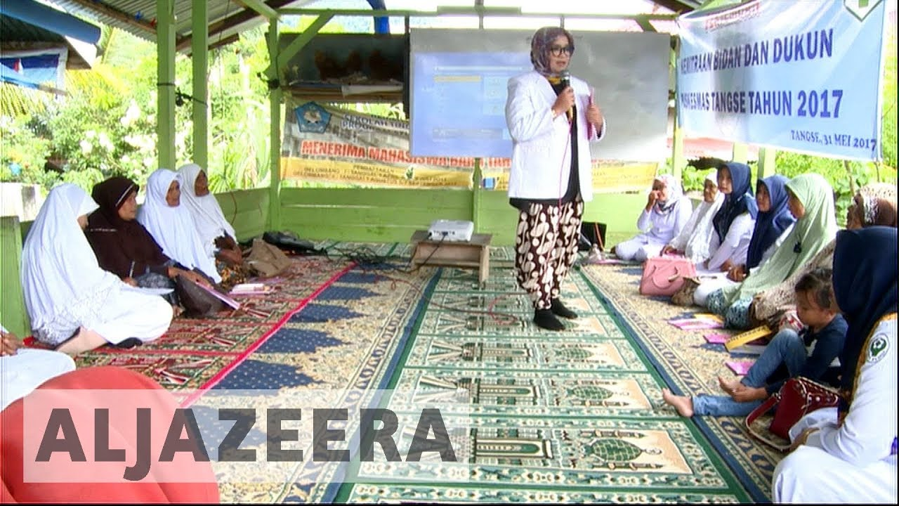 Indonesian doctors train wives to help minimise birth complications