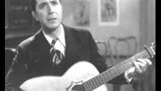 """Carlos Gardel, Rey del Tango, Canta """"Adios, Muchachos."""""""