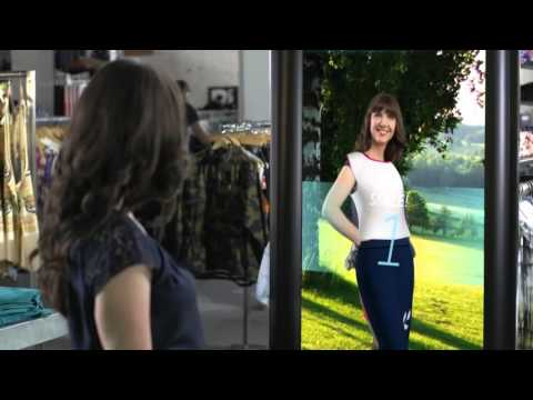 004  Retail Clothing with Augmented reality