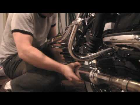 2010 Harley FLHRC - Removing Right MUFFLER OTW to Killing The Cat