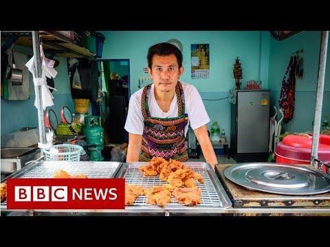 Selling chicken through Thailand's political upheaval - BBC News