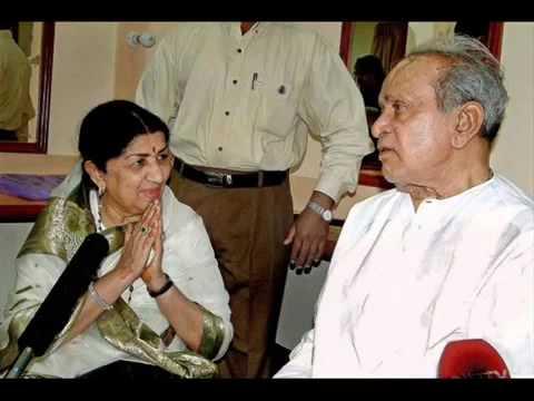 Baaje Re Muraliya Baaje Lata Mangeshkar & Pandit Bhimsen Joshi Lyrics Pt Narendra SharmaYouTubevi