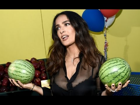 Salma Hayek and her melons at the SAUSAGE PARTY Premiere (B-Roll Footage)
