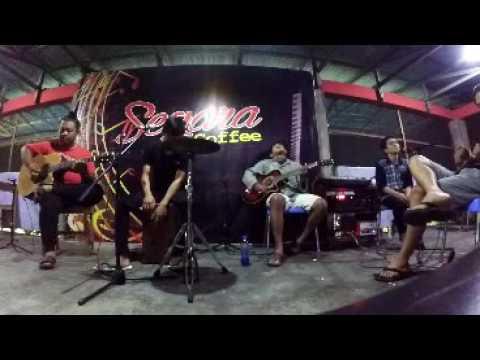 berenam akustik - kroncong protol (cover bondan feat2 black)