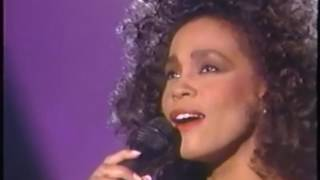 Whitney Houston - Didn't we almost have it all (live)