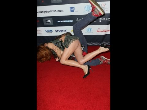 Italian Actress Flashes Her Bum as She Falls on Photographer In Red Carpet