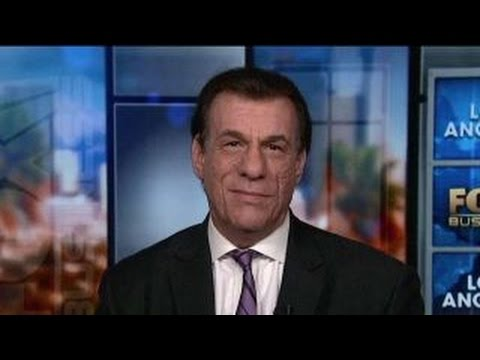 Robert Davi on supporting Trump, being a conservative in Hollywood