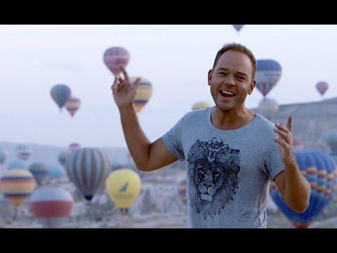 """Lauris Reiniks - """"Tikai divi mēs"""" - (Official Video) - /Cappadocia/"""