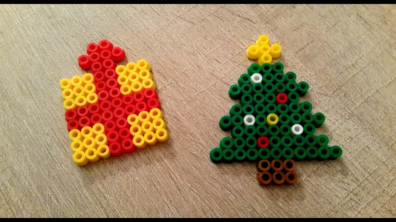 Diy no l sapin et cadeau en perles hama perler beads christmas tree and present youtube - Perle hama noel ...
