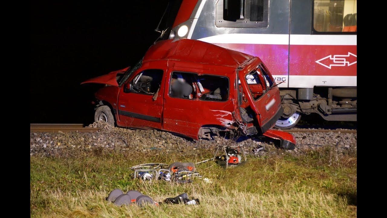 Tragiczny wypadek na przejeździe kolejowym. Nie żyje matka z dzieckiem