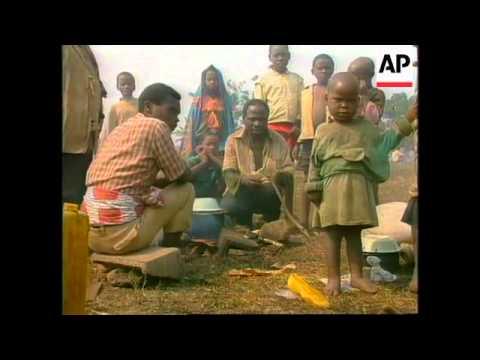 Rwanda/Zaire - Aid Workers Combat Refugee Crisis