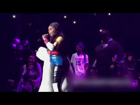 Lil' Kim & Remy Ma -  Hot 4 the Holidays full performance at Prudential Center 12/14/2017