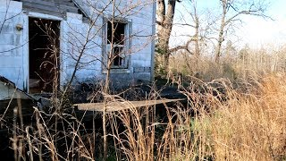 Touring an Old Home Place and Searching For Relics! (Metal Detecting)