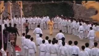 Bruce Lee Ejder Kalesi Filminden Dövüş Sahneleri 2