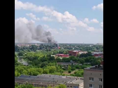 В Иванове на улице 2-й Сосневской горит жилой дом