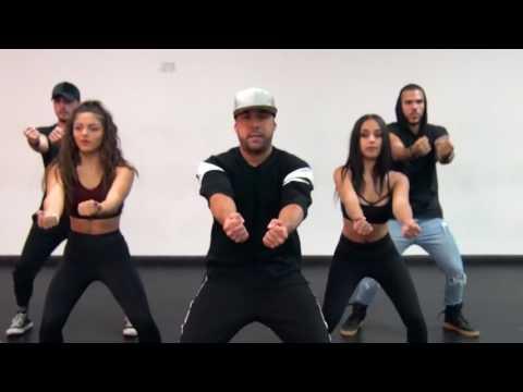 Luis Fonsi/daddy yankee baila despacito official choreography