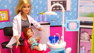 Barbie girl goes to Barbie doctor DENTIST & runs into Disney Frozen Anna doll