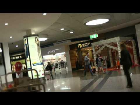 Melbourne's Tullamarine Airport: International Terminal Public Section