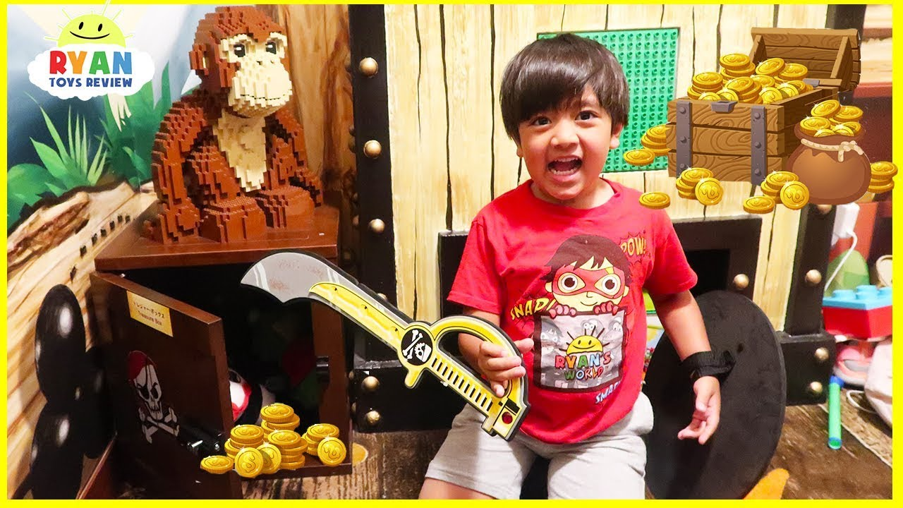 Legoland Secret Treasure Chest Hunt Surprise Toys for kids!!!!