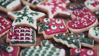 10 САМЫХ СТРАННЫХ рождественских ТРАДИЦИЙ в МИРЕ