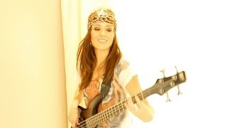 Motley Crue - Same Old Situation Bass Cover by Solange Kei