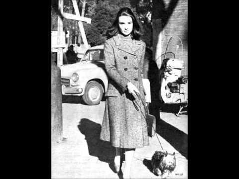 Bobby Darin - Keep A Walkin