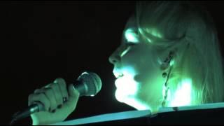Stina chante Aya Lxir inu de Idir a tigzirt
