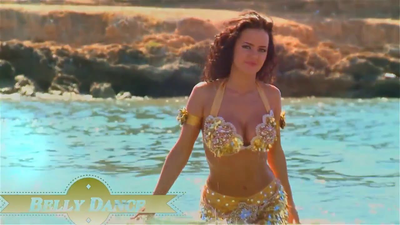 Belly Dance Superb Beach Belly Dance