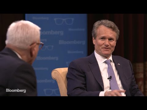 How Warren Buffett Got Through to Bank of America CEO Brian Moynihan