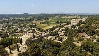 Location - Vénéjan - Villa Moulin avec piscine chauffée - Vue par drone