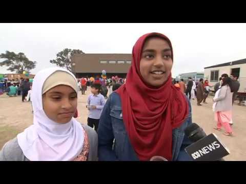 Gungahlin mosque open day abc news