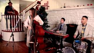 "Blue Christmas - ""Dueling Basses"" Elvis Cover ft. Kate Davis"