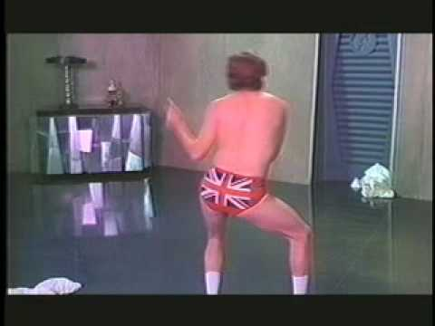 Austin Powers scene from 2000 SHS Video Yearbook