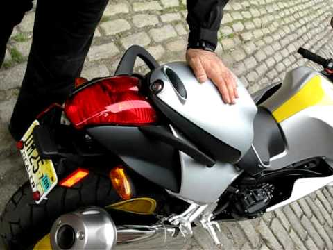 Sargent Seat For The 2008 Bmw K1200s For Bmwsuperbikes Com
