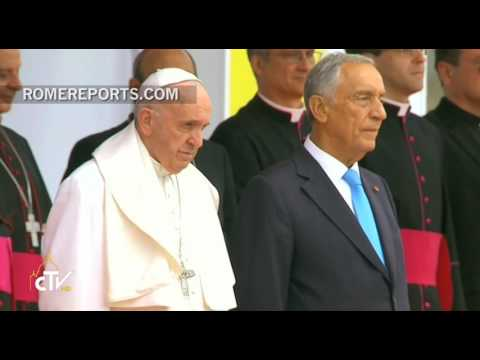 Pope Francis arrives in Portugal