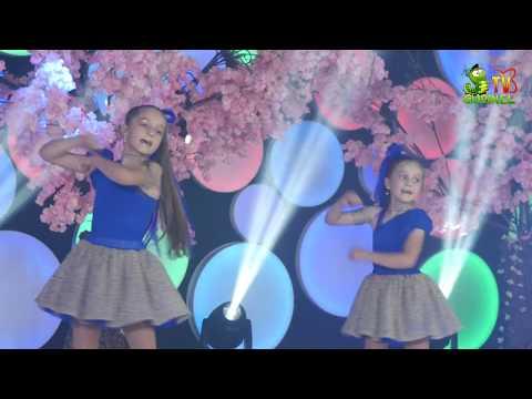 Piesa noua: Daniela si Gabriela Rusu - Vacanta in Jamaica