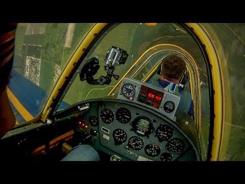 (HD) Jak-52 műrepülés, Yak-52 Aerobatic Flying Pilóta: Vári Gyula, HA-JAV