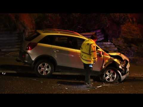 Corstorphine road car crash hits parked car 2017