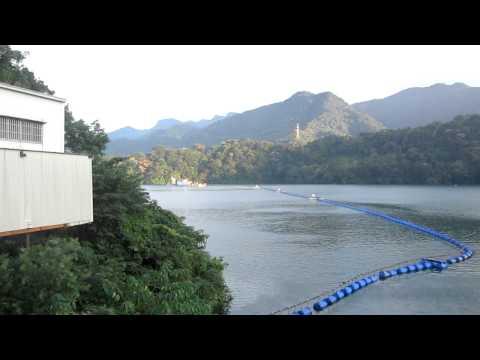 Shihmen Reservoir Saturday 10/8/2011 MVI_4002.MOV