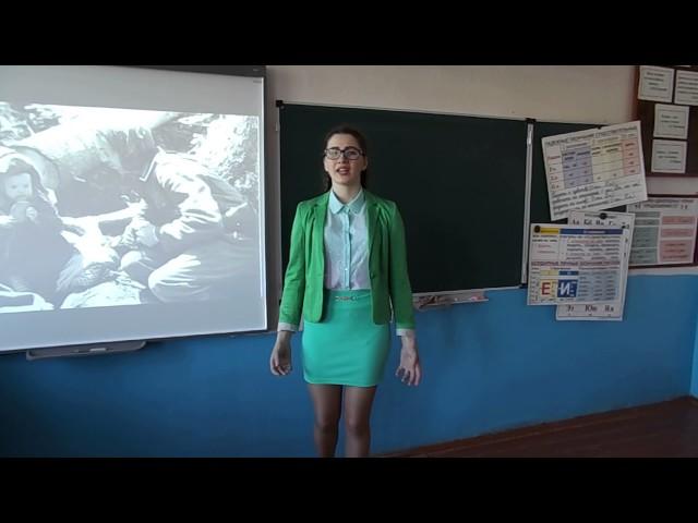 Изображение предпросмотра прочтения – ЗинаЩепеткова читает произведение «На минском шоссе» АркадияАлександровичаКулешова