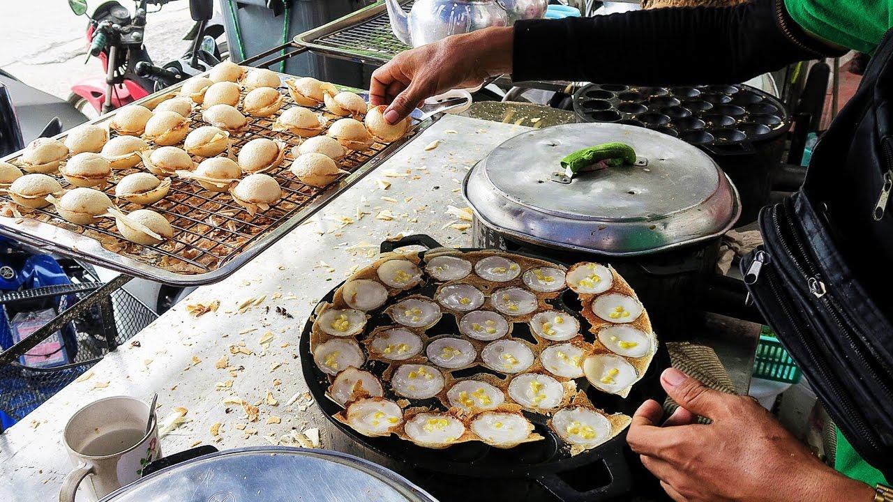 Thai Coconut Pudding Pancakes - Khanom Krok ● Thailand Travel Vlog ● Bangkok Street Food