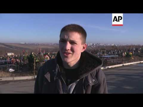 Cemetery mourners on Moldova unrest