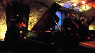 """AUTUMN IN NEW YORK"": MICHAEL KANAN / NEAL MINER at MEZZROW (Sept. 16, 2014)"