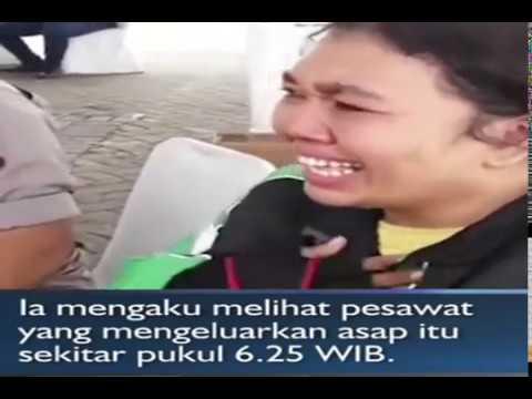 Ojol Wanita Menangis dan menjadi  salah satu saksi mata melihat Lion Air JT610 mengeluarkan asap
