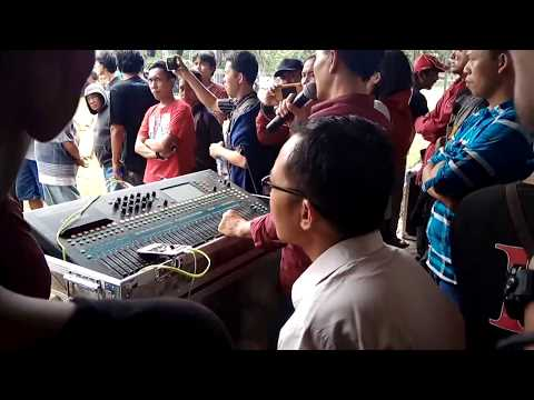 Demo sound trendy Wonogiri, di Tegal