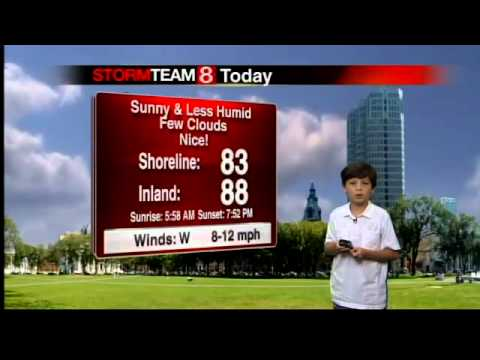 Gil Does The Weather with Joey White